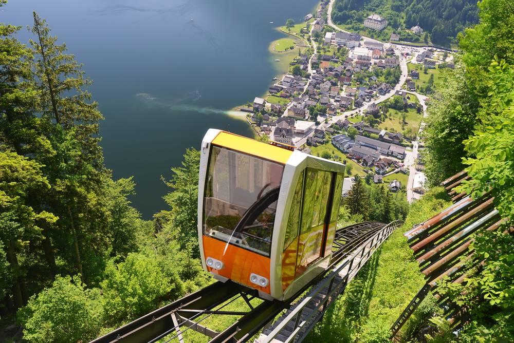 https://uwalk.ie/wp-content/uploads/2019/01/Austria-Ten-Lakes-Trekking-Tour-10.jpg