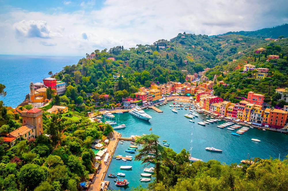 https://uwalk.ie/wp-content/uploads/2019/01/Cinque-Terre-Portofino-Walking-Tour-3.jpg
