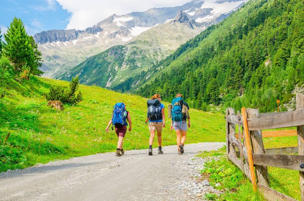 https://uwalk.ie/wp-content/uploads/2019/01/Kitzbühel-Austria-Walking-Tour-7.jpg