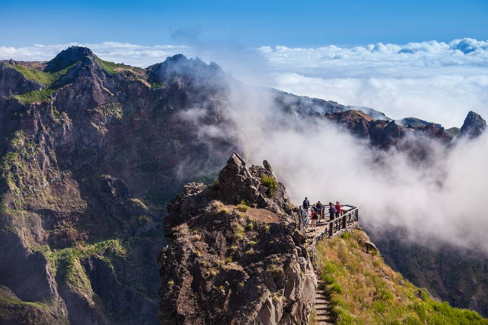 https://uwalk.ie/wp-content/uploads/2019/01/Madeira-Walking-Tour-7.jpg