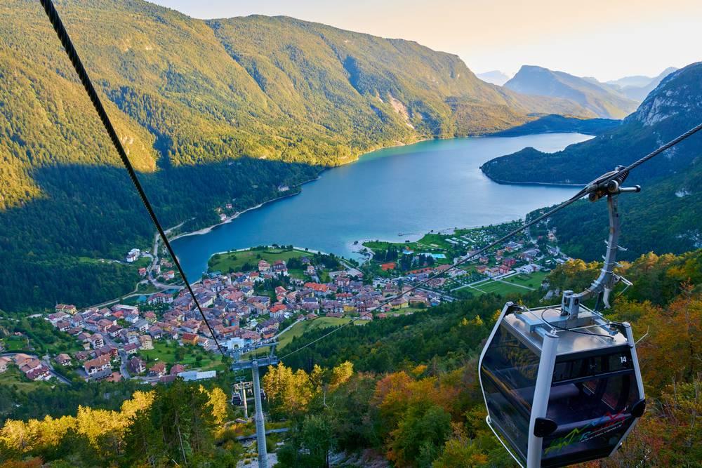 https://uwalk.ie/wp-content/uploads/2019/01/Meran-to-Lake-Garda-Hike-2.jpg