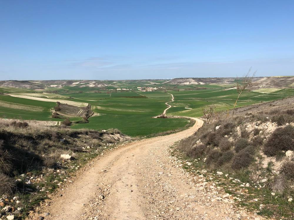 https://uwalk.ie/wp-content/uploads/2019/11/Hornillos-del-Camino-French-Way-Walking-Tour-Stage-3.jpg