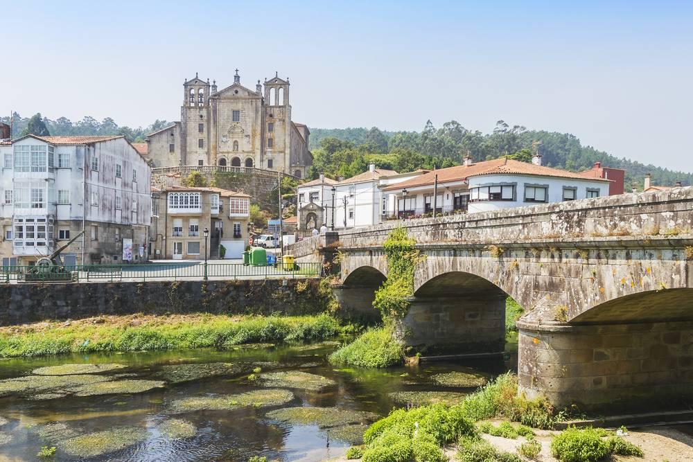 https://uwalk.ie/wp-content/uploads/2019/11/Padron-Portuguese-Way-Walking-Tour.jpg