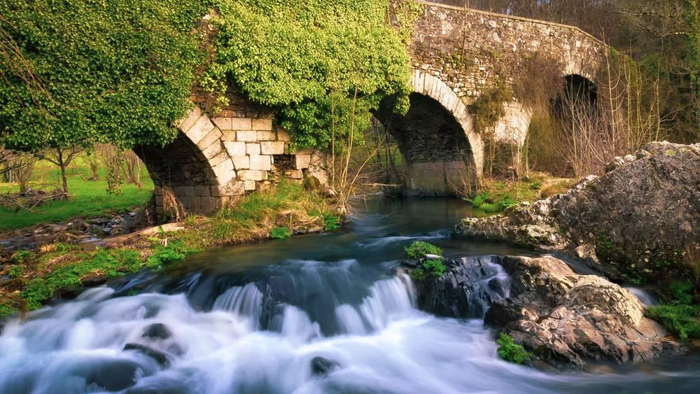 https://uwalk.ie/wp-content/uploads/2019/12/Melide-Galicia-French-Way-Walking-Tour-Final-Stage.jpg