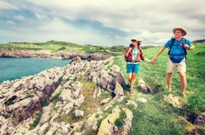Make friedns fro life on the Camino with Uwalk